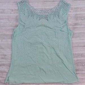 Skies Are Blue embroidered sleeveless top sz S